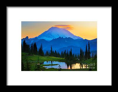 Green Lakes State Park Framed Prints