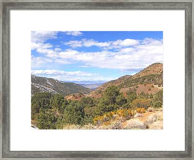 Framed Print featuring the photograph Mountain Looking by Marilyn Diaz