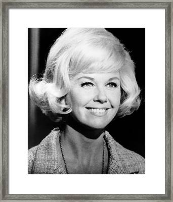 Move Over, Darling, Doris Day, 1963, Tm Framed Print by Everett