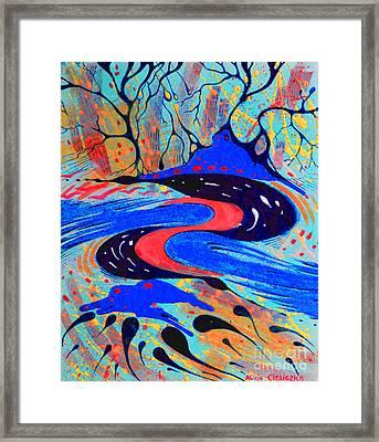 Movimento Framed Print