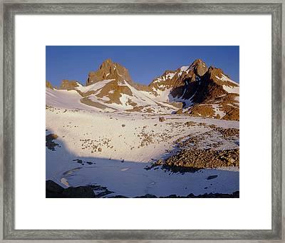 2m6452-mt. Winchell Mt. Agassiz Framed Print