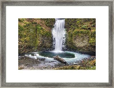 Multhomah Falls In Winter Framed Print by David Gn