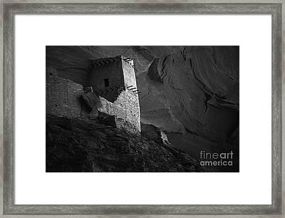 Mummy Ruin Canyon De Chelly Arizona  Framed Print