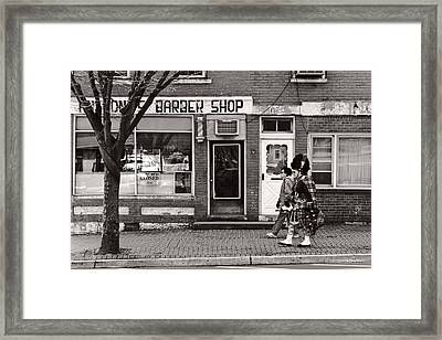 Music - Bag Piper - Somerville Nj -  The Scottsman Framed Print by Mike Savad