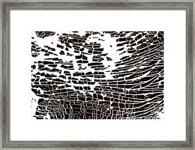 Na 4 Wave Framed Print