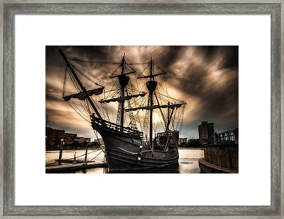Nao Victoria In Hdr Framed Print by Michael White