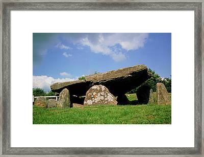 Neolithic Tomb: Arthur's Stone Framed Print by Tony Craddock/science Photo Library