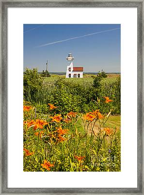 New London Range Rear Lighthouse Framed Print