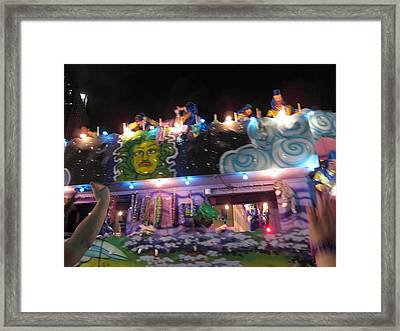 New Orleans - Mardi Gras Parades - 121246 Framed Print by DC Photographer