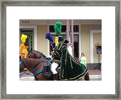 New Orleans - Mardi Gras Parades - 121258 Framed Print by DC Photographer