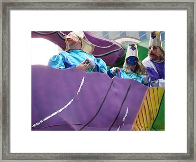 New Orleans - Mardi Gras Parades - 12127 Framed Print by DC Photographer