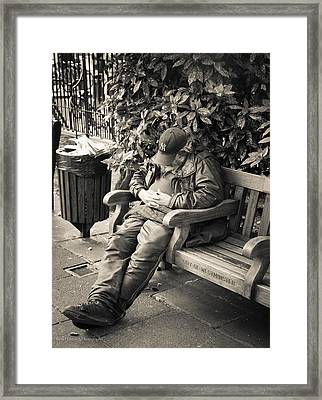 New York Bum In Westminster Framed Print
