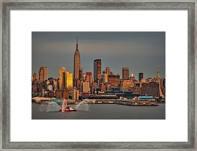 New York City Sundown On The 4th Framed Print by Susan Candelario