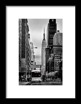 Expressing Framed Prints