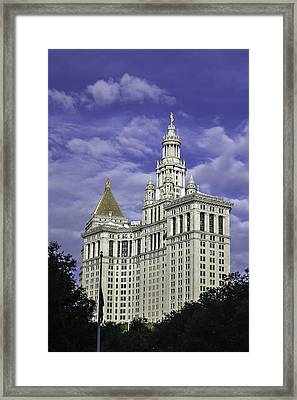 New York Municipal Building Framed Print