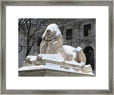 New York Public Library Lion Framed Print by Frank Romeo