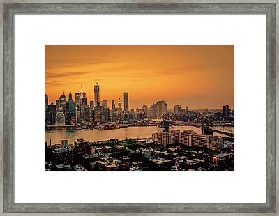 New York Sunset - Skylines Of Manhattan And Brooklyn Framed Print
