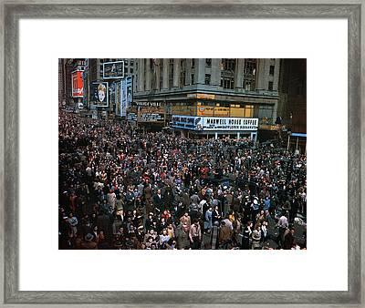 New York: V-e Day, 1945 Framed Print by Granger