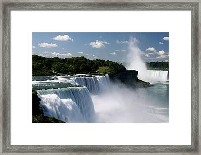 Niagara Falls Framed Print by Sandy Fraser