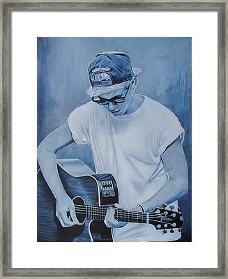 Niall Horan Framed Print