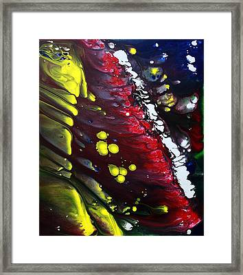 Night Of The Comet 3 Framed Print by Laura Barbosa