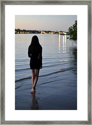 No Man's Land Framed Print by Laura Fasulo