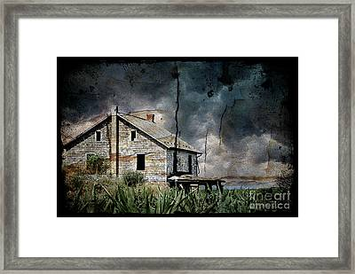Nobody's Home Framed Print by Lois Bryan