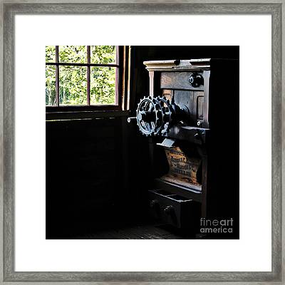 Framed Print featuring the photograph Nordyke Marmon Grind Me A Pound by Lee Craig