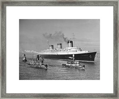 Normandie In Nyc Harbor Framed Print by Underwood Archives