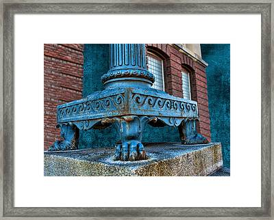 North Platte Post Office Lamp Post Framed Print by Sylvia Thornton