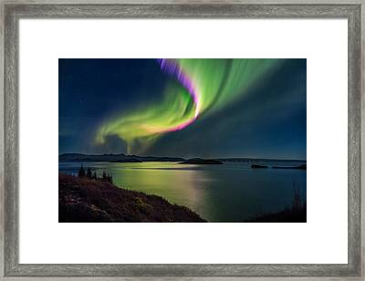 Northern Lights Over Thingvallavatn Or Framed Print