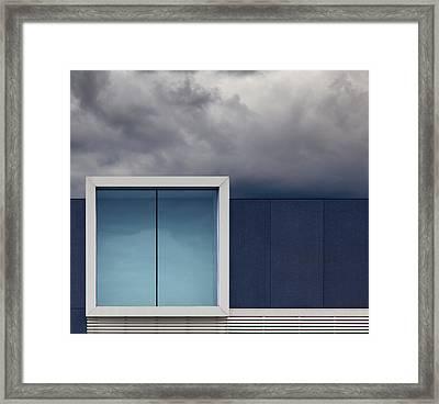 Nothing To Show. Framed Print by Harry Verschelden