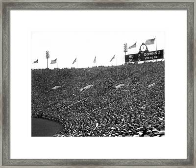 Notre Dame-usc Scoreboard Framed Print by Underwood Archives