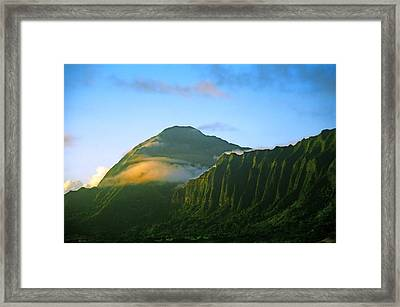 Nuuanu Pali At Sunrise Framed Print by Kevin Smith