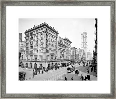 Nyc, Metropolitan Opera House, 1905 Framed Print by Science Source