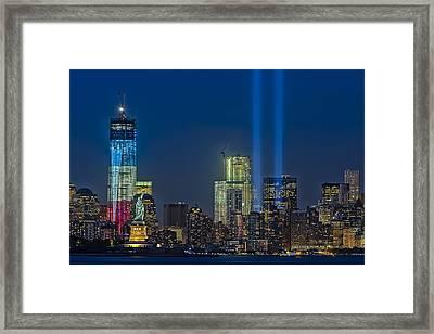 Nyc Remembers September 11 Framed Print