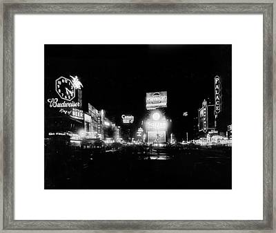 Nyc, Times Square, 1934 Framed Print by Science Source