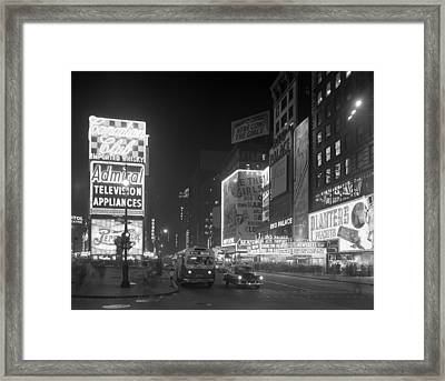 Nyc, Times Square, 1953 Framed Print by Science Source