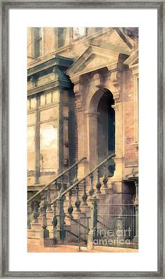 Nyc Walkup Phone Case Aspect Framed Print by Edward Fielding