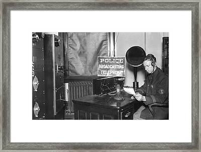 Nypd Radio Station, Wlaw Framed Print by Underwood Archives