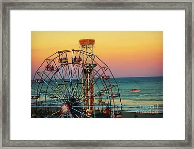 Ocean City Nj Wonder Wheel And Double Shot Framed Print