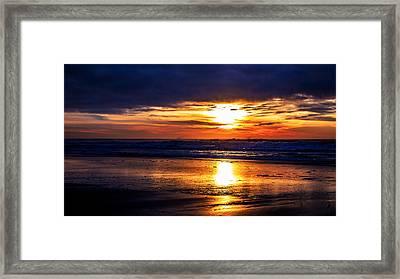 Ocean_1 Framed Print