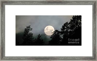October Full Moon Iv Framed Print by Phil Dionne