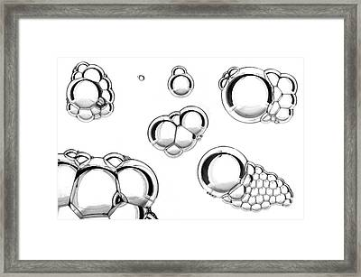Oil And Water Mixture Framed Print by Crown Copyright/health & Safety Laboratory Science Photo Library