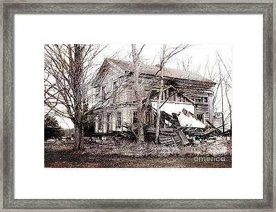 Old Abandoned Farmhouse Michigan Landscape Framed Print