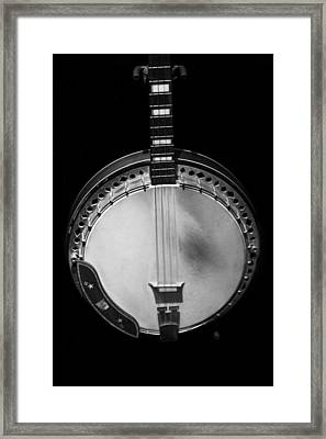 Old Banjo Black And White Framed Print by Dan Sproul