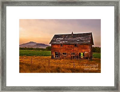 Old Barn At Sunrise Framed Print by Robert Bales