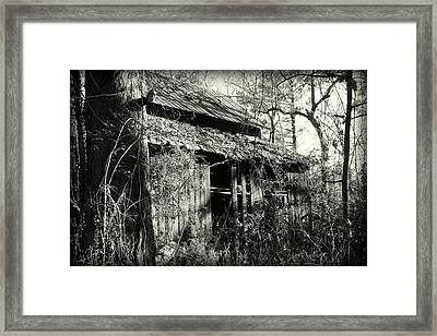 Old Barn In Black And White Framed Print