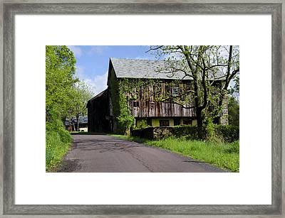 Old Barn In Bucks County Pa Framed Print by Bill Cannon