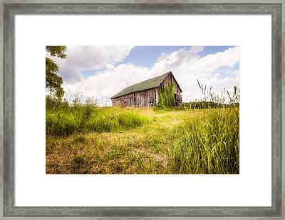 Old Barn In Ontario County - New York State Framed Print by Gary Heller